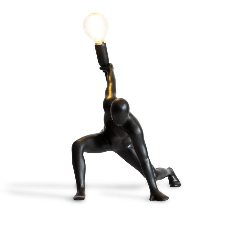 DL001_Werkwaardig_dancerlamp_black_front_Low